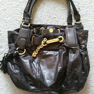 Like new. Euc. Emaculant juicy couture leather bag
